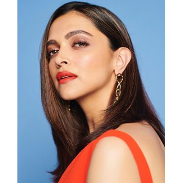 All Deepika Padukone's steak-worthy looks from the Chhapaak promotions