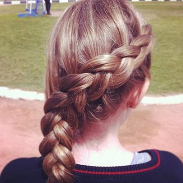 This stunning French side braid is beyond easy to recreate